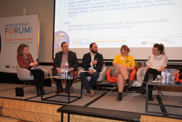 Image of the panel discussion during the main session at the Safer Internet Forum 2019